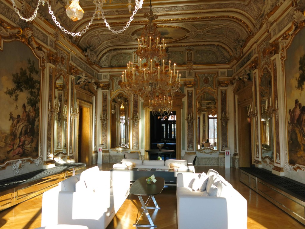 Lobby Aman Canal Grande (foto: Caperleaves)