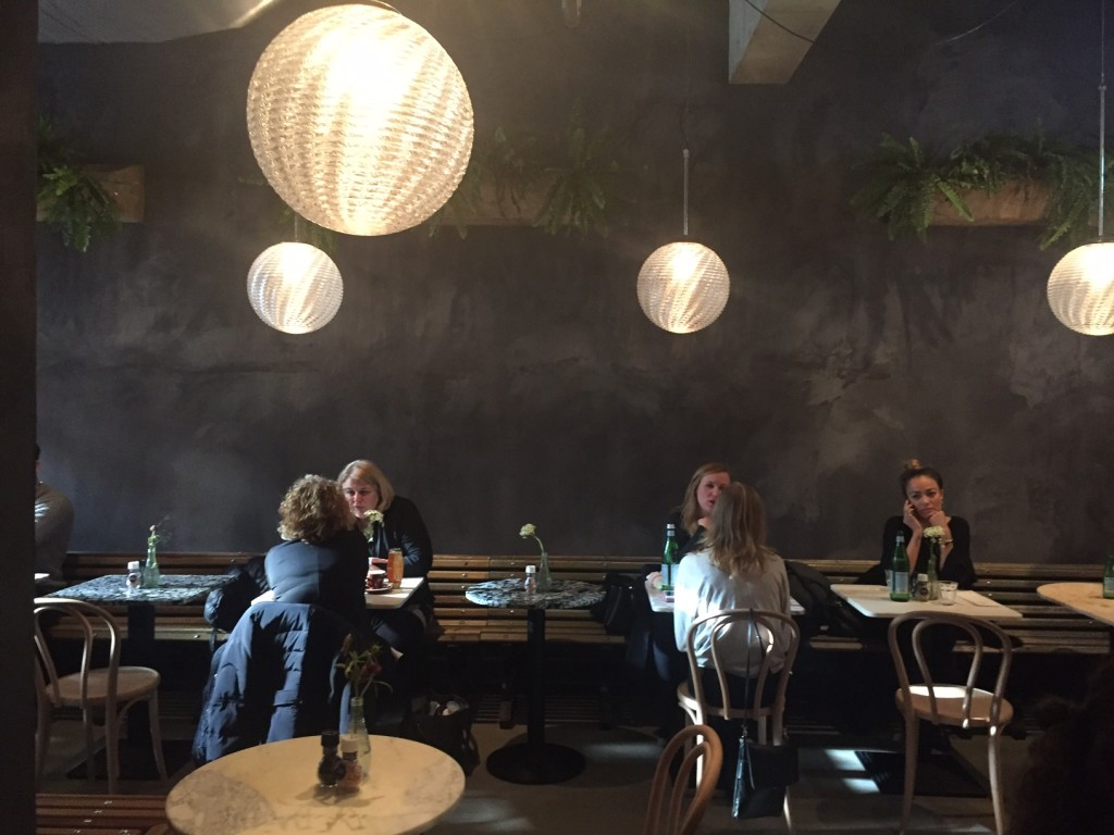 Libertine cafe cafe (foto Caperleaves)